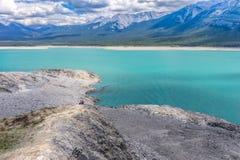 Flykt till Abraham Lake, Alberta, Kanada Royaltyfri Bild