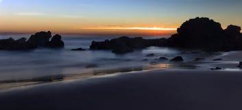 Flynns海滩日出长的曝光 库存图片