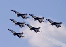 Flyover de Thunderbird Fotografia de Stock