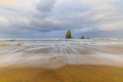 flyttande waves Royaltyfri Fotografi