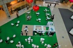 Foajélobby av den Suntec stadsshoppinggallerien: Singapore Arkivfoto