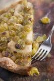 Focacce avec le blanc de fraise de raisins Image stock
