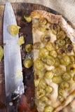 Focaccia com branco da morango das uvas Imagem de Stock
