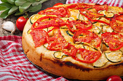 Focaccia com tomates e alho Imagem de Stock Royalty Free