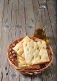 Focaccia dans une corbeille à pain Photographie stock