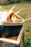 Focaccia e cesta do palito Fotografia de Stock