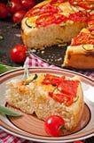 Focaccia met tomaten en knoflook Stock Afbeelding