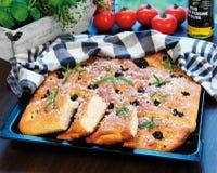 Focaccia, olijf-brood stock fotografie