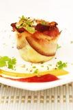 Focaccina dell'omelette con pancetta affumicata Fotografie Stock Libere da Diritti