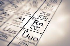 Foco en el elemento químico del radón imágenes de archivo libres de regalías