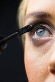 Foco en maquillaje de los ojos con los ojos abiertos Fotos de archivo libres de regalías