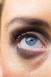 Foco en maquillaje de los ojos con los ojos abiertos Imágenes de archivo libres de regalías