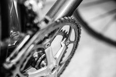 Foco selectivo en sistema de la manivela de la bicicleta imagen de archivo