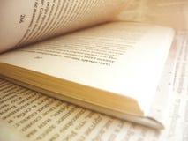 Foco suave abierto del libro Foto de archivo libre de regalías