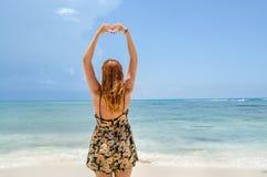 Focolare della ragazza con le mani jpg Fotografia Stock