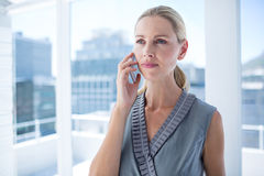 Focused businesswoman on the phone Royalty Free Stock Photo
