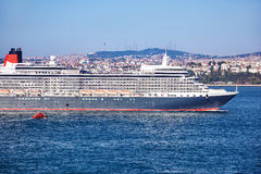 Fodera della regina Elizabeth in Bosphorus Fotografia Stock Libera da Diritti