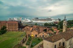 Fodere Venezia di crociera del porto Fotografie Stock Libere da Diritti
