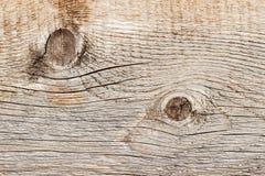 Fodrar naturlig gammal wood textur för närbilden med den red ut sprickan, kurvor, virvlar Åldrigt ytbehandla Detalj av abstrakt g Arkivfoton