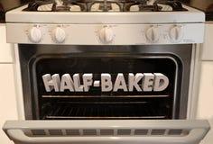 Fogão meio-cozinhado Oven Crazy Idea Plan Scheme Foto de Stock Royalty Free