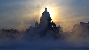 Free Fog And Isaac S Cathedral Royalty Free Stock Photography - 18350967