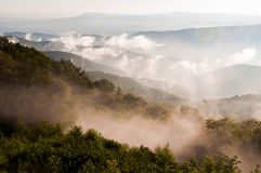 Fog and low clouds in the Blue Ridge Mountains, seen from Skylin Royalty Free Stock Photos