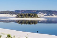 Fog over lake in winter Royalty Free Stock Photography