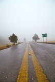 Fog on the road Royalty Free Stock Photography