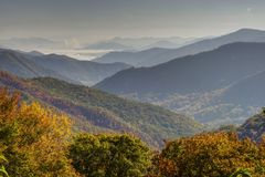 A fog rolls in to the valleys of the Smokies. royalty free stock photos