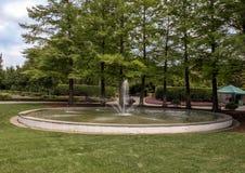 Fogelsonfontein bij Dallas Arboretum en de Botanische Tuin stock foto