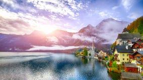 Free Foggy Autumnal Sunrise At Famous Hallstatt Lakeside Town Reflect Royalty Free Stock Photos - 127851988