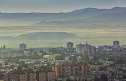 Foggy morning cityscape Royalty Free Stock Images