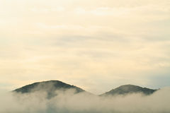 Foggy mountain landscape Royalty Free Stock Images