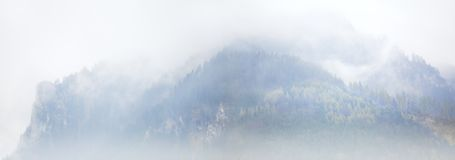 Foggy mountains in the alps Royalty Free Stock Images
