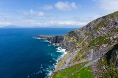 Fogher-Klippen valentia Insel auf dem Ring von Kerry lizenzfreie stockfotografie