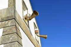 """Foghorns przy Finisterre latarnią morską, """"The World† końcówka Galicia, Hiszpania fotografia stock"""