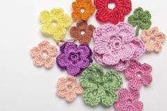 Foglia del trifoglio e del fiore fatta di filato fotografia stock