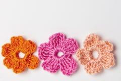 Foglia del trifoglio e del fiore fatta di filato fotografia stock libera da diritti