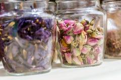 Foglie di tè e fiori secchi Fotografia Stock