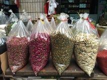 Foglie di tè secche per vendita Immagine Stock