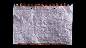 Foglio di carta bianco sgualcito video d archivio