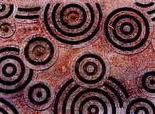 Fogna di piastra metallica con progettazione del cerchio Fotografia Stock