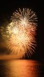 Fogo-de-artifício alaranjado Fotografia de Stock Royalty Free