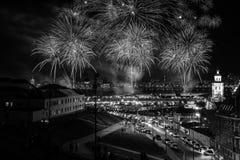 Fogo de artifício em Kazan durante Victory Day o 9 de maio em Rússia Fotos de Stock Royalty Free