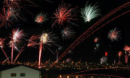 Fogo de artifício em Reykjavik foto de stock royalty free