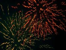 Fogo de artifício em um céu noturno Imagens de Stock