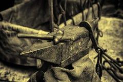 Fogo de carvão em uma forja fotografia de stock royalty free