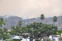 Fogo de escova nas montanhas de Verdugo fotos de stock royalty free