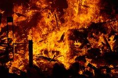 Fogo de Fallas que queima-se no fest de Valência o 19 de março Fotografia de Stock Royalty Free