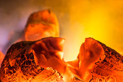 Fogo do carvão vegetal Fotografia de Stock